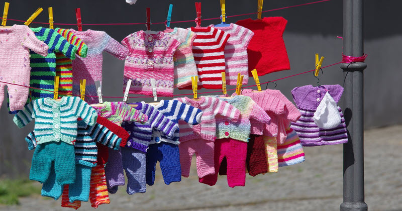 Free baby clothes samples