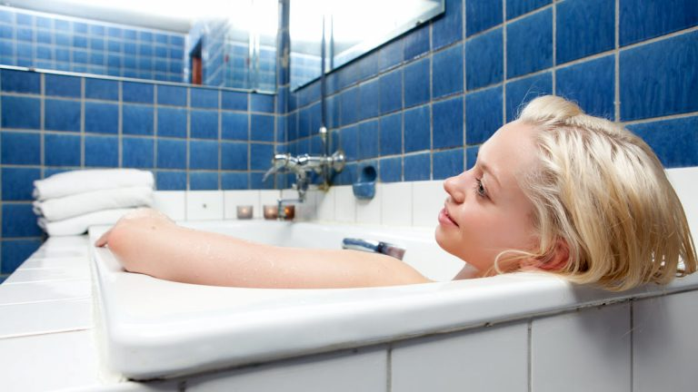 Hot Baths and Pregnancy: Can Pregnant Women Take Hot Baths?